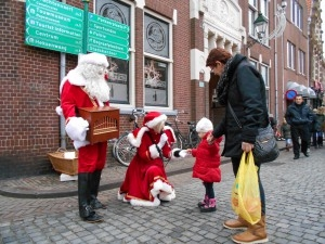 Santa swings Oudewater